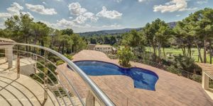Villa in Son Vida - Anwesen der Extraklasse mit Gaesteapartment und Pool (Thumbnail 1)