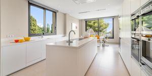 Villa in Son Vida - moderne Immobilie mit Gästeapartment (Thumbnail 2)