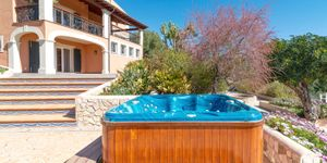 Villa for sale in Bunyola with views up to Palma (Thumbnail 10)