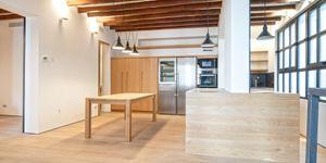 Třípokojový apartmán s terasou a výhledem na moře v Palma de Mallorca (Thumbnail 9)
