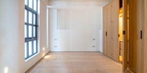 Třípokojový apartmán s terasou a výhledem na moře v Palma de Mallorca (Thumbnail 3)