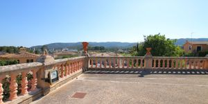 Villa in Palma - Herrenhaus mit viel Potential und Meerblick (Thumbnail 10)