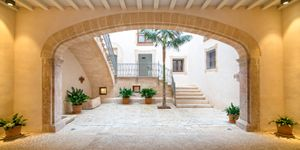 Apartment in Palma - Duplexwohnung mit privatem Pool in der Altstadt (Thumbnail 3)