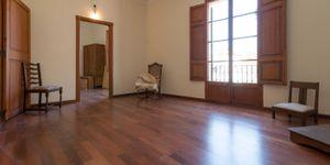 Villa in Palma - Herrschaftliches Haus mit Meerblick (Thumbnail 8)