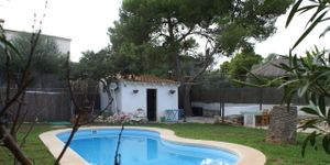 Family home with pool in Porto Colom (Thumbnail 3)