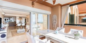 Modern penthouse for sale above Port Adriano (Thumbnail 4)