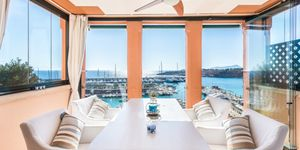 Modern penthouse for sale above Port Adriano (Thumbnail 2)