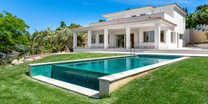 Modernized villa with sea views in Santa Ponsa (Thumbnail 1)