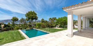 Modernized villa with sea views in Santa Ponsa (Thumbnail 3)