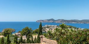 Sea view villa with guest house for sale in Nova Santa Ponsa (Thumbnail 5)