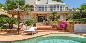 Středomořská vila s bazénem na Costa de la Calma na Malorce (Thumbnail 3)