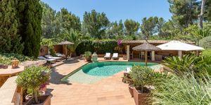 Středomořská vila s bazénem na Costa de la Calma na Malorce (Thumbnail 2)