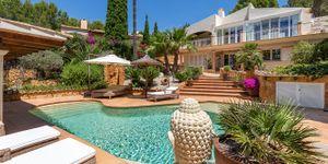 Středomořská vila s bazénem na Costa de la Calma na Malorce (Thumbnail 1)