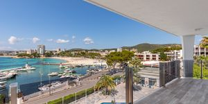 Modern sea view penthouse for sale in Palmanova (Thumbnail 1)
