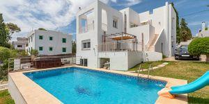 Villa in Cala D´Or - Immobilie mit Ferienvermietlizenz (Thumbnail 1)