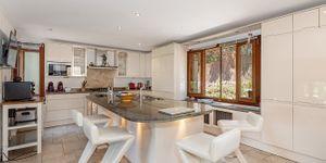 Villa in Bendinat - Anwesen mit Ferienvermietlizenz und Meerblick (Thumbnail 6)