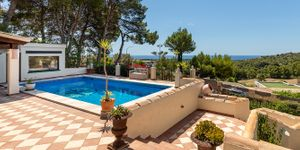 Villa in Bendinat - Anwesen mit Ferienvermietlizenz und Meerblick (Thumbnail 3)