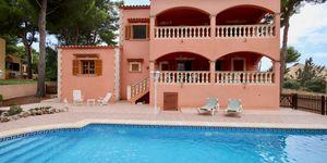 Unmöblierte Villa mit Teilmeerblick und Pool (Thumbnail 3)
