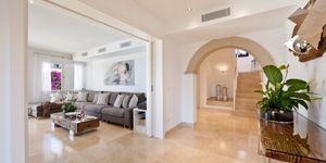 Luxus Villa in Monport mit traumhafter Aussicht auf das Meer (Thumbnail 8)
