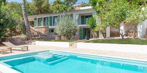 Charmante Luxus Villa mit Pool in Genova (Thumbnail 1)