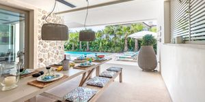 New villa for sale in exclusive area in Nova Santa Ponsa (Thumbnail 4)