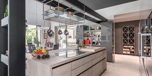 New villa for sale in exclusive area in Nova Santa Ponsa (Thumbnail 8)