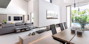 New villa for sale in exclusive area in Nova Santa Ponsa (Thumbnail 6)