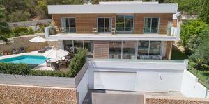 Villa in Genova - Luxusimmobilie mit Meerblick nah an Palma (Thumbnail 1)