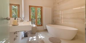 Luxury townhouse with pool and garage in old town of Palma (Thumbnail 9)