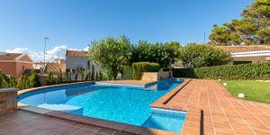 Freistehende Villa mit Teilmeerblick in die Bucht von Palma (Thumbnail 5)