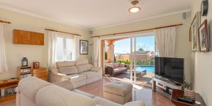 Freistehende Villa mit Teilmeerblick in die Bucht von Palma (Thumbnail 6)