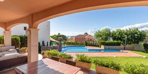Freistehende Villa mit Teilmeerblick in die Bucht von Palma (Thumbnail 4)