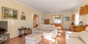 Freistehende Villa mit Teilmeerblick in die Bucht von Palma (Thumbnail 7)