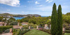 Villa im Fincastil mit Blick in die Bucht von Camp de Mar (Thumbnail 2)