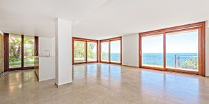 Apartment in Sol de Mallorca - Luxusimmobilie in erster Meereslinie (Thumbnail 4)