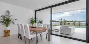 Designer Neubau Villa mit Blick in die Bucht von Palma (Thumbnail 5)