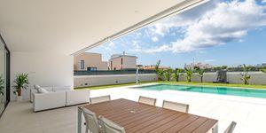 Designer Neubau Villa mit Blick in die Bucht von Palma (Thumbnail 9)