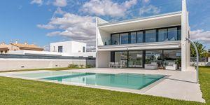 Designer Neubau Villa mit Blick in die Bucht von Palma (Thumbnail 1)