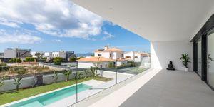 Designer Neubau Villa mit Blick in die Bucht von Palma (Thumbnail 3)