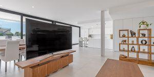 Designer Neubau Villa mit Blick in die Bucht von Palma (Thumbnail 8)