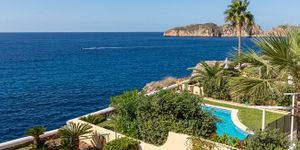 Charming house in first sea line in Nova Santa Ponsa (Thumbnail 5)