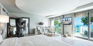 Designer Villa mit Meerblick in Cala Vinyas (Thumbnail 9)