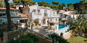 Villa in Port Andratx - Mediterranes Meerblick-Anwesen mit Gästeapartments (Thumbnail 2)