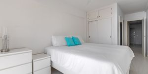 Sea view apartment on the first sea line in Camp de Mar (Thumbnail 9)