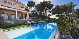 Vila s moderním interiérem a výhledem na moře v Camp de Mar, Malorka (Thumbnail 3)
