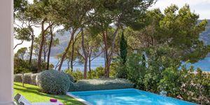 Mediterrane Natursteinvilla mit modernem Interior (Thumbnail 2)