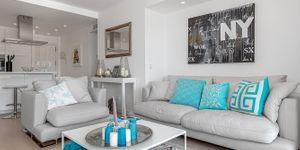 Moderní apartmán s výhledem na moře v Port Andratx na Malorce (Thumbnail 6)