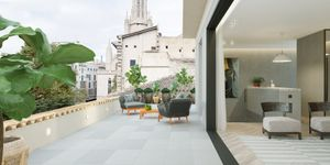 Exclusive penthouse with private terrace in Palma (Thumbnail 1)