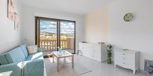 Sunny penthouse within walking distance of the beach in Santa Ponsa (Thumbnail 3)