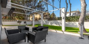 Detached villa with swimming pool for sale in El Toro (Thumbnail 5)